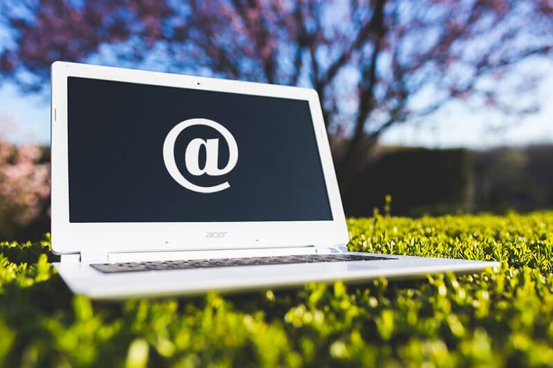 5 ok, amiért NE ingyenes email címet használj